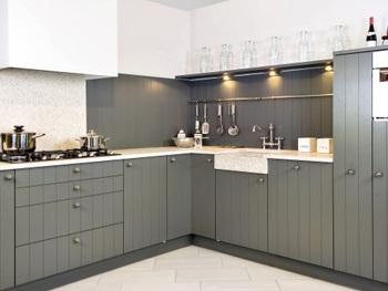 LED verlichting onder keukenkastjes; design en functioneel